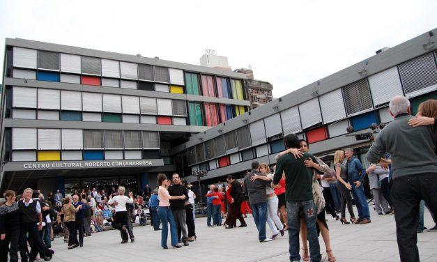 Danzas Folclóricas en la Plaza Montenegro