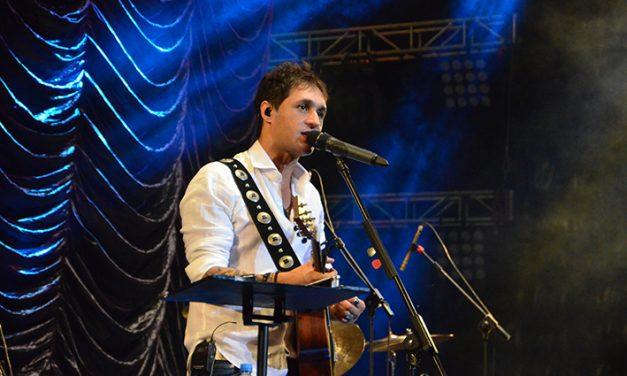 Fabricio Rodríguez, armónica y folclore