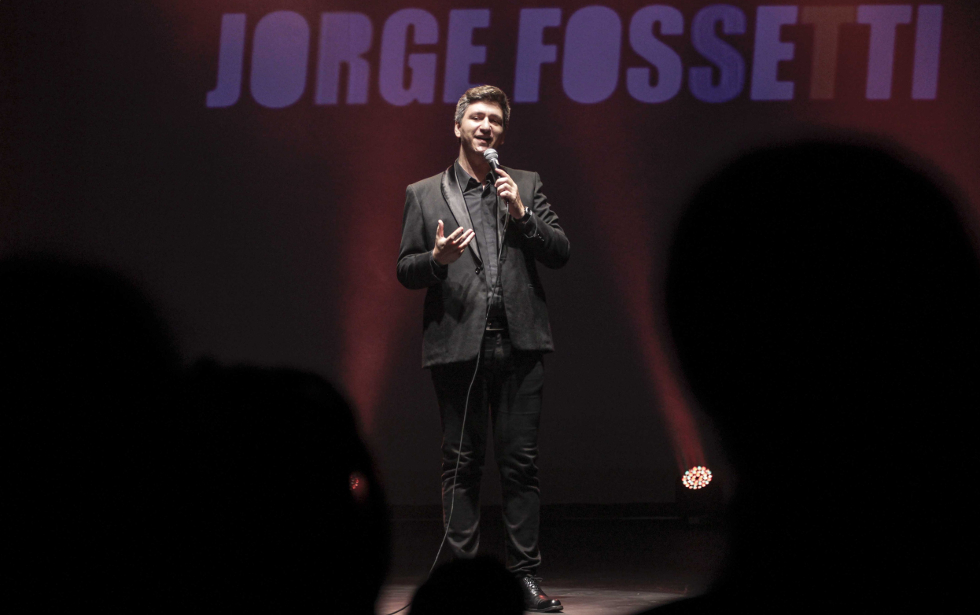 Jorge Fossetti presenta Cuarentón