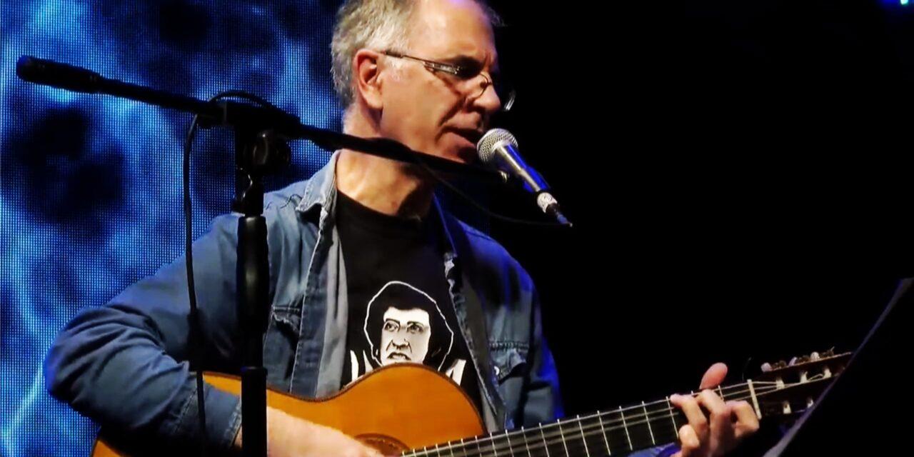 Fernando Montalbano celebra 35 años de poesía y canción