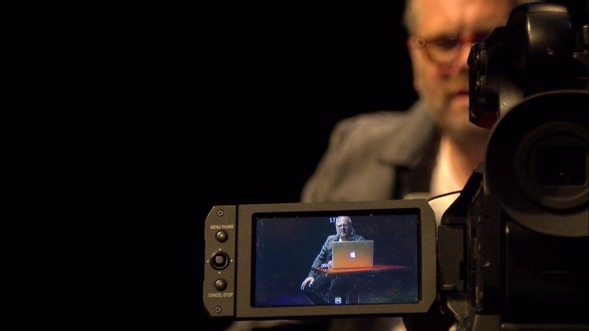 Simulacro, la primera experiencia de cine en vivo