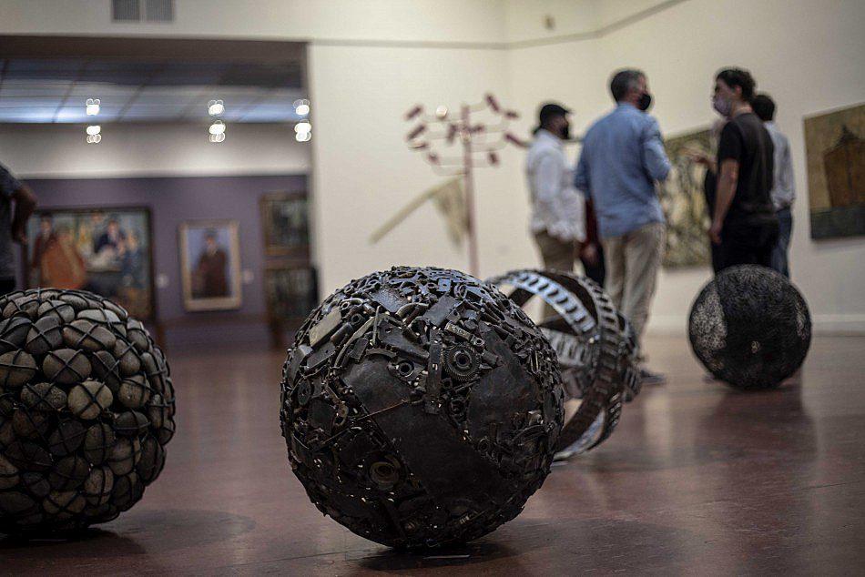 La Sutileza de Existir en el Museo Castagnino