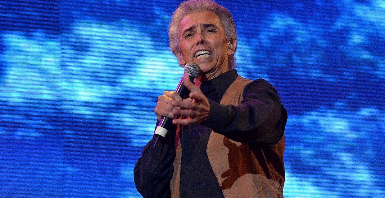Jairo celebra 50 años de música en Rosario