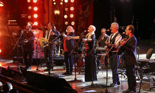 La «trova rosarina» revive su concierto presentado en El Círculo